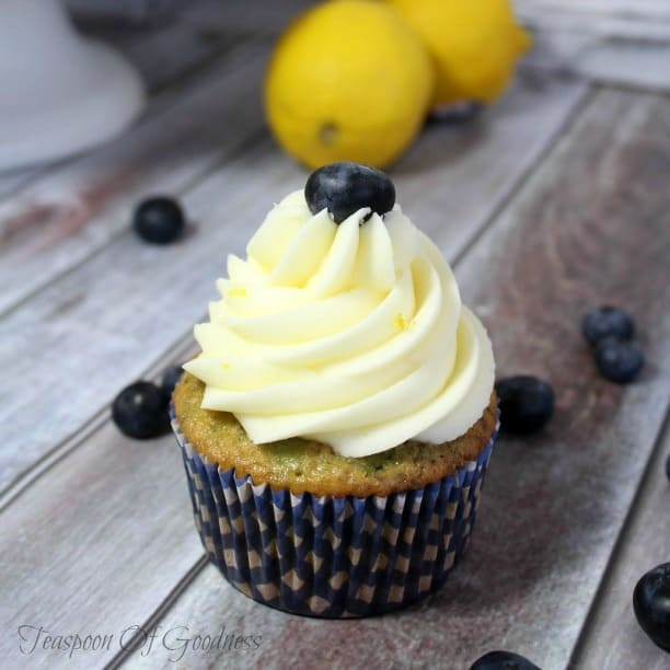 Summer Cupcake Recipes - Lemon Blueberry Cupcakes with Lemon Buttercream Frosting - Teaspoon of Goodness