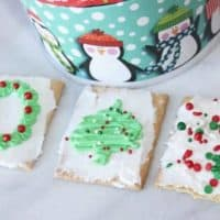Christmas Frosted Graham Crackers