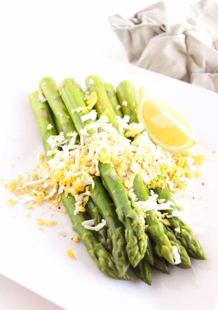 Asparagus with Dijon Dill Sauce