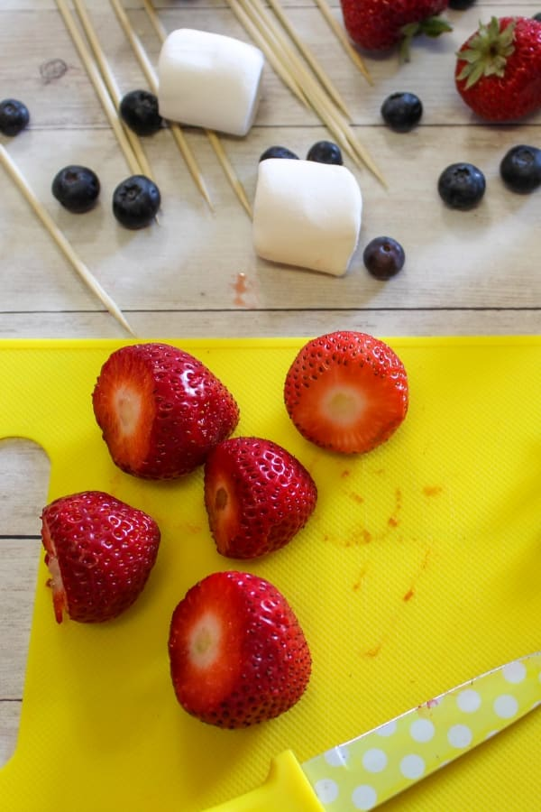 easy fruit kabobs