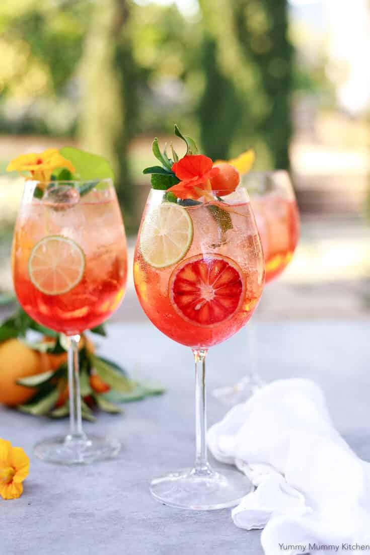 Aperol Spritz - Authentic Italian Aperol Cocktail Recipe!