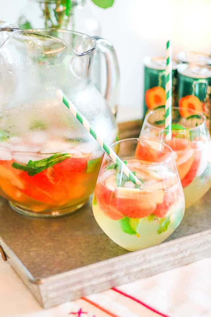 Sweet As a Georgia Peach: Skinny Peach Mojito Recipe