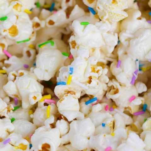 marshmallow popcorn with sprinkles over it