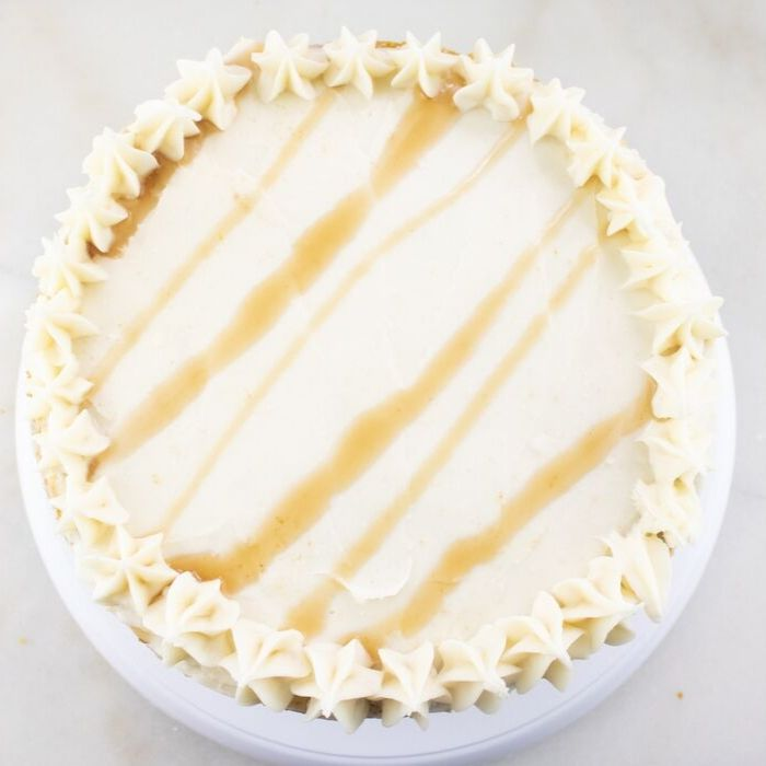 _ is cheesecake a pie or cake