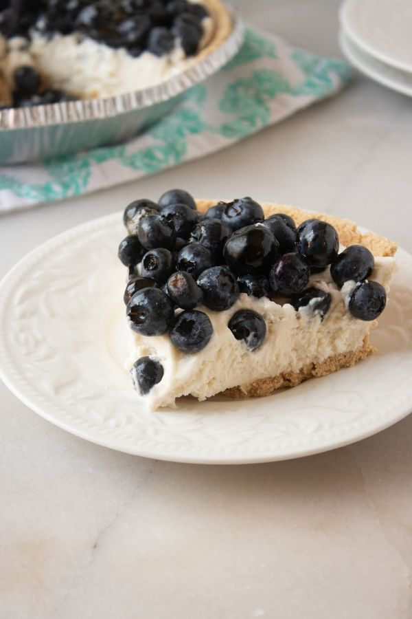 no bake blueberry pie on a plate