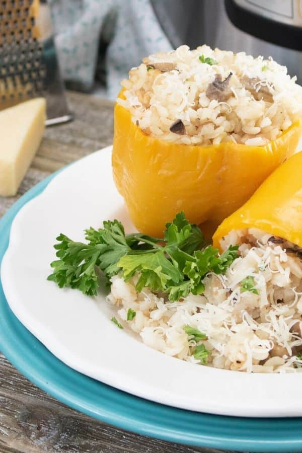 instant pot risotto and mushroom stuffed peppers