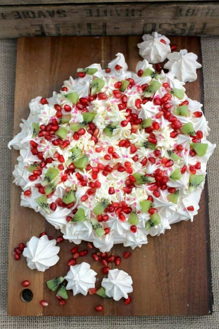 Pomegranate and Kiwi Crown Pavlova - a Christmas Pavlova