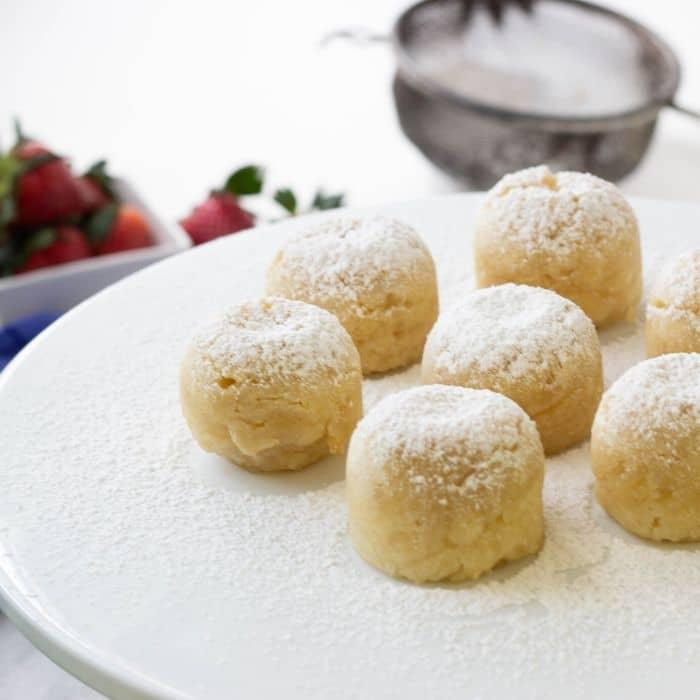 almond cake bites