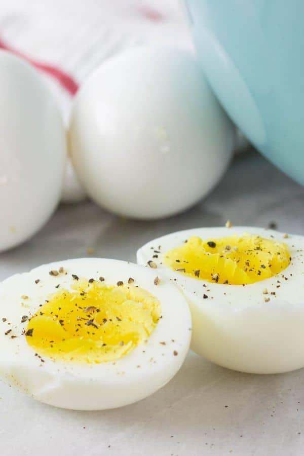 cooking eggs in air fryer