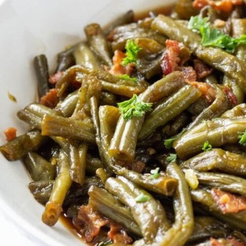 homemade green beans in bowl
