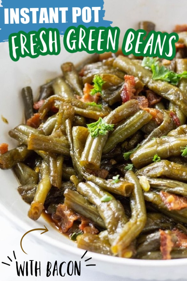 green beans with bacon topped with parsley