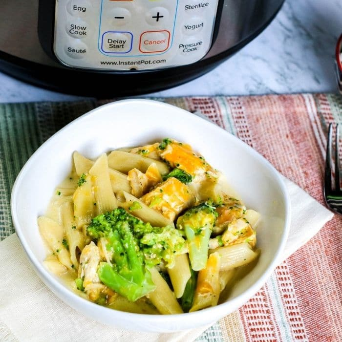 cheesy pressure cooker pasta