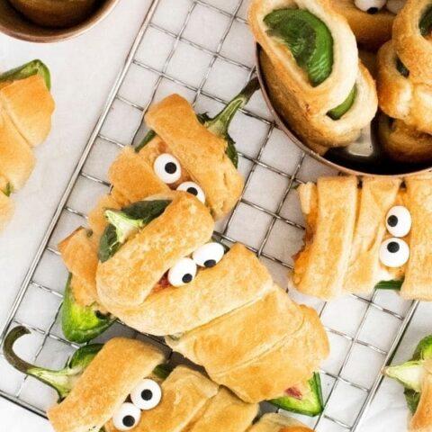 cream cheese stuffed crescent rolls
