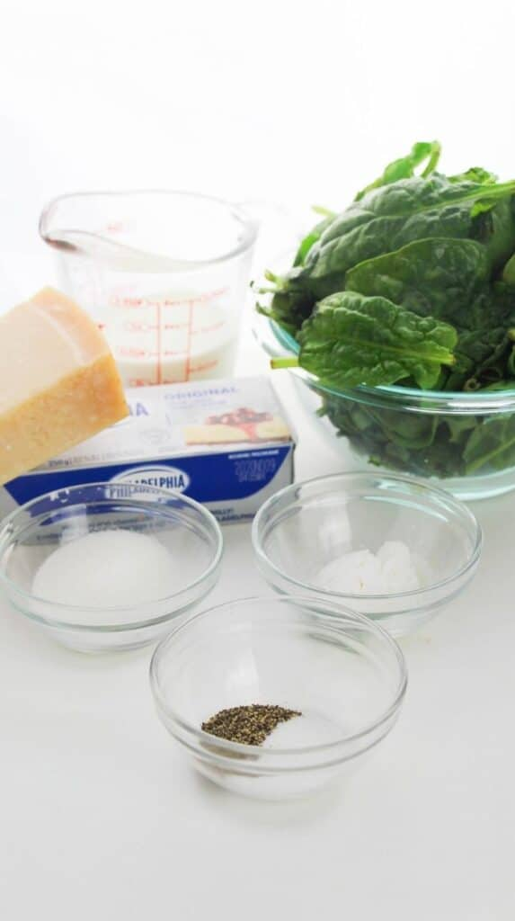 ingredients to make creamed spinach
