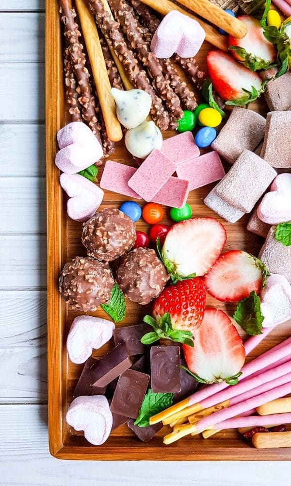 dessert board tray