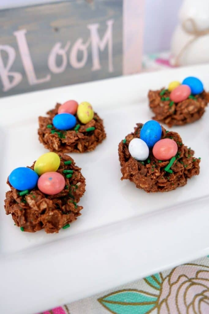 chocolate bird egg nest cookies