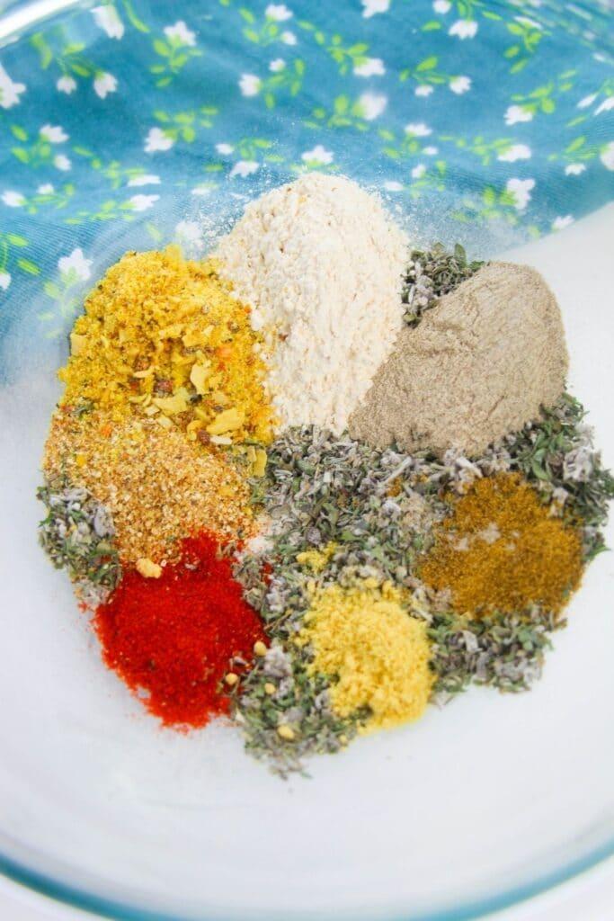 garlic herb spice blend in a bowl