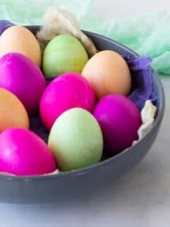 instant pot boiled eggs that are colored