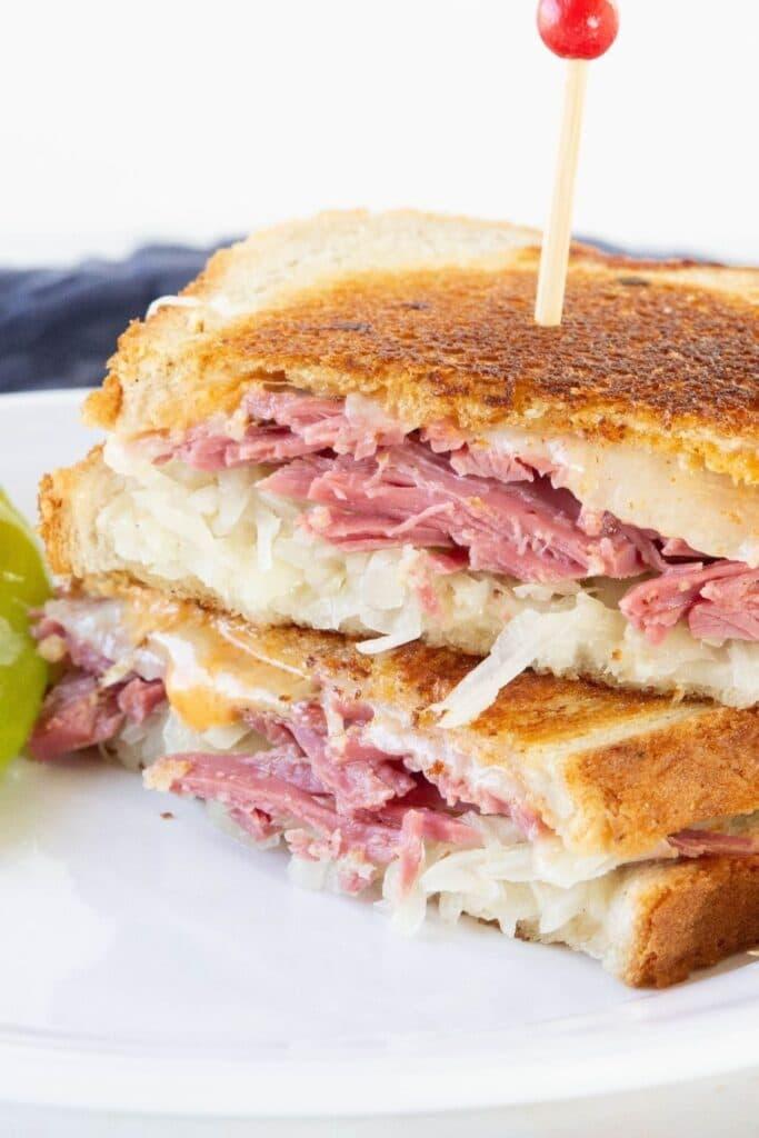 corned beef and sauerkraut sandwich recipe