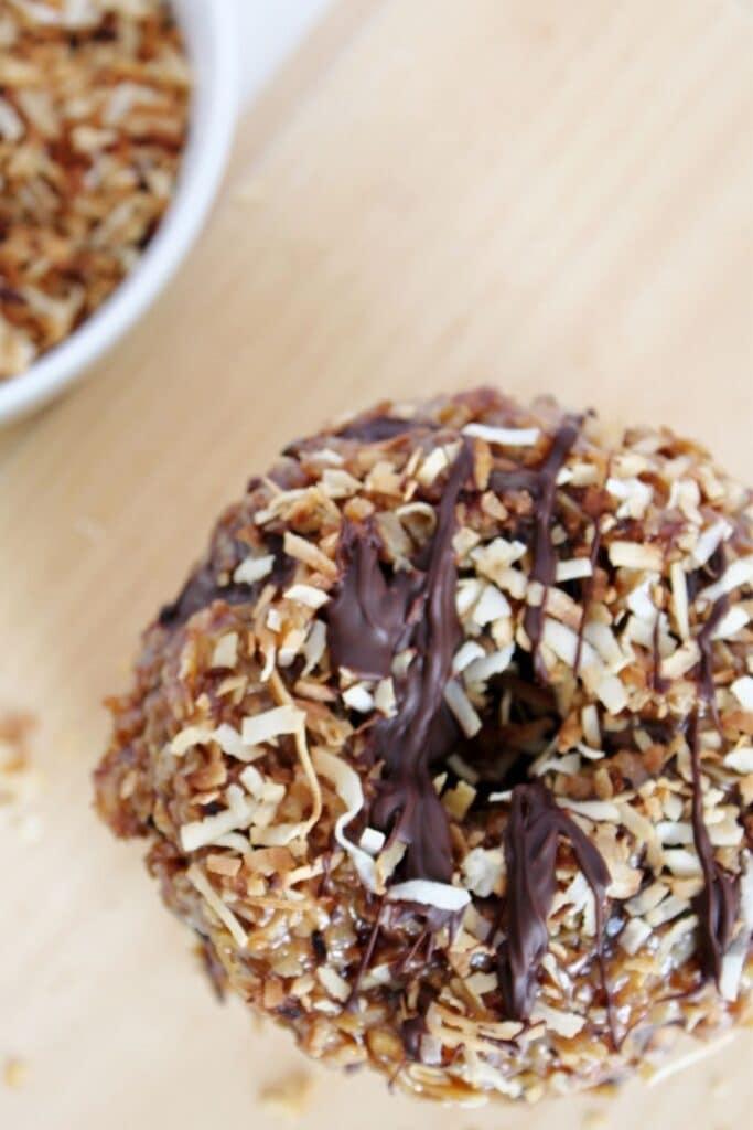 caramel chocolate donut