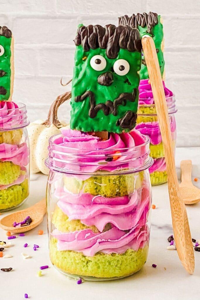 Halloween Frankenstein cupcake in a jar